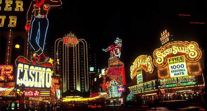 are the las vegas casinos in trouble?