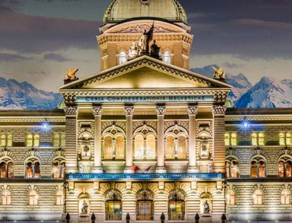 Swiss voters choose to legalize online gambling